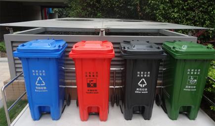 从源头减少危险废物 垃圾分类亟待强制执行