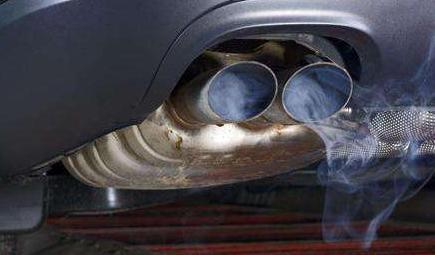 加大汽车尾气污染防治 全方位控制移动排放源