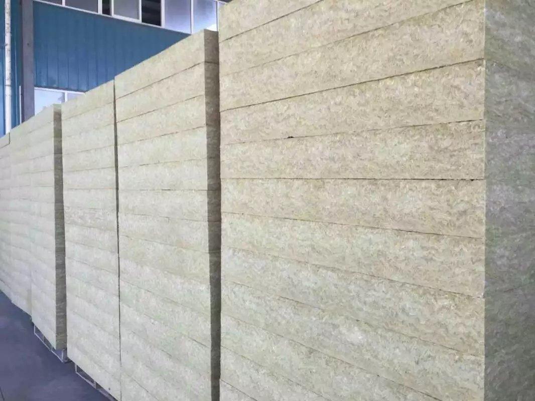 岩棉复合板厂家发展前景